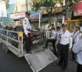رئیس پلیس راهنمایی و رانندگی تهران بزرگ گفت: در حالیکه بسیاری از موتورسیکلتها از همان ابتدای تولید، ایمنی و استاندارد لازم را ندارند میزان خرید و گرایش استفاده از موتورسیکلت […]